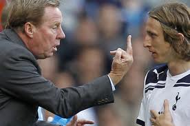 Harry Redknapp tells his player that one more goal is needed